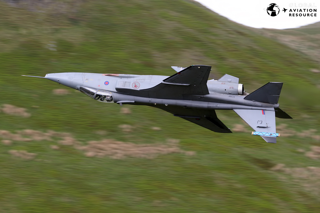 Military Aviation >> Royal Air Force: Flying The Sepecat