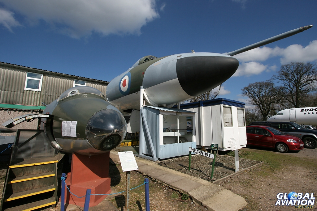 Vulcan B.2MRR XH537 nose section now at the Bournemouth Aviation Museum - © Karl Drage - Global Aviation Resource