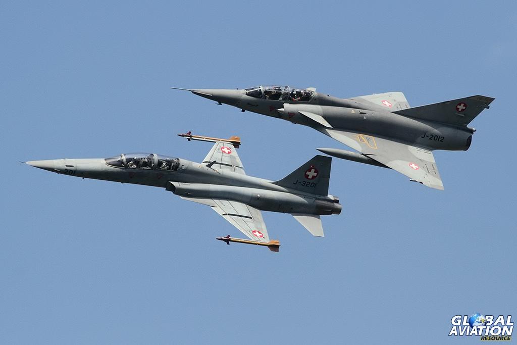 Civilian Mirage IIIDS & Swiss Air Force F-5F Tiger II © Dean West - globalaviationresource.com