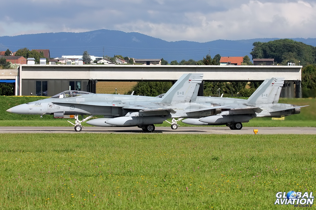 Canadian Armed Forces CF-18A Hornets © Dean West - globalaviationresource.com