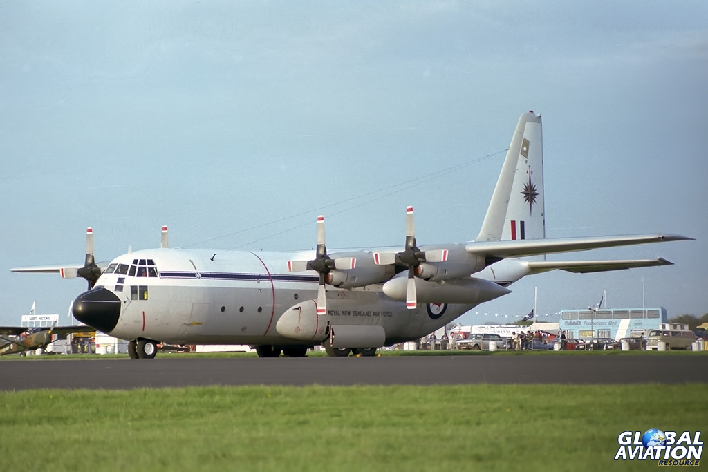 RNZAF C-130H NZ7002 - © Paul Filmer- Global Aviation Resource