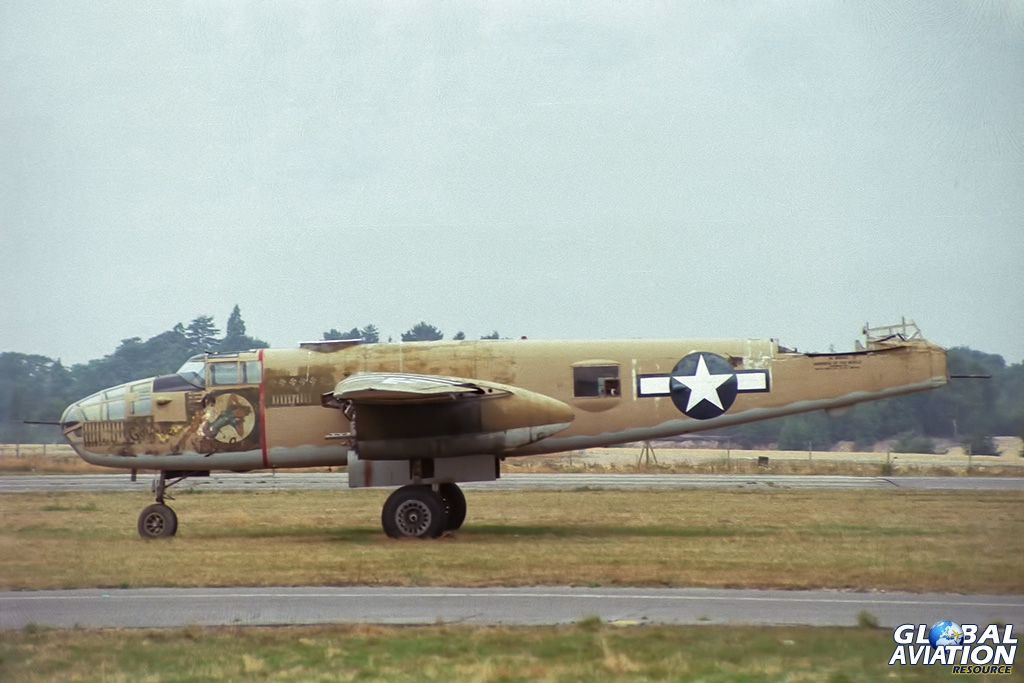 TB-25N NL9494Z - © Paul Filmer - Global Aviation Resource