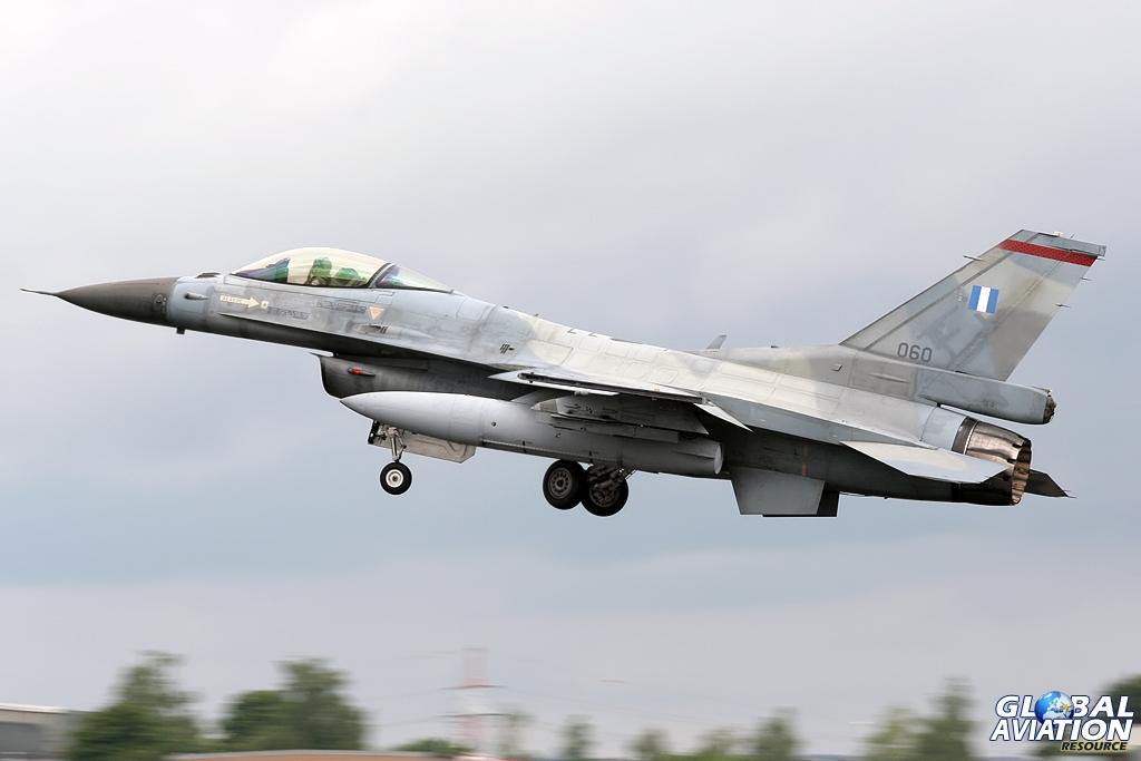 F 16 avionics resume