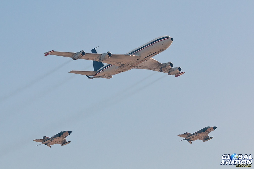 IRIAF Boeing 707-300C plus F-4Es - © Paul Filmer - Global Aviation Resource