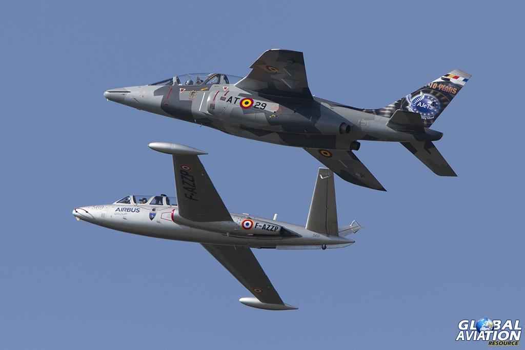 CM170 Magister & Alpha Jet Formation © Tom Gibbons - Global Aviation Resource