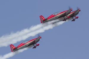Royal Jordanian Falcons/Extra EA300L © Tom Gibbons - Global Aviation Resource