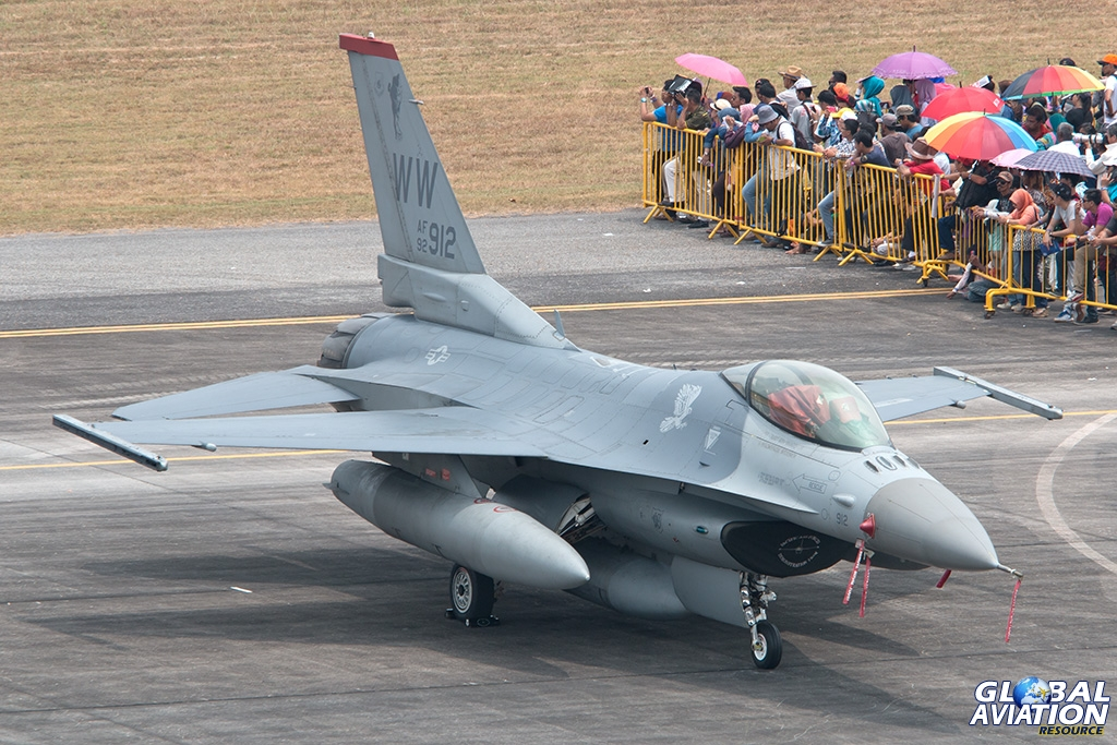 USAF F-16C - © Paul Filmer - Global Aviation Resource