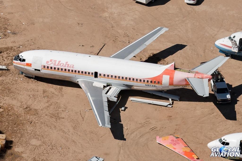 Aloha Boeing 737-200 N823AL - © Paul Filmer - Global Aviation Resource