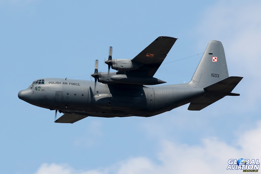 C-130E Hercules © Dean West – Global Aviation Resource