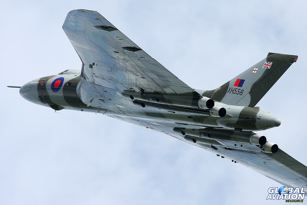 Bill and Kev Rumens got XH558 howling at Cosford this year - Gareth Stringer © www.globalaviationresource.com