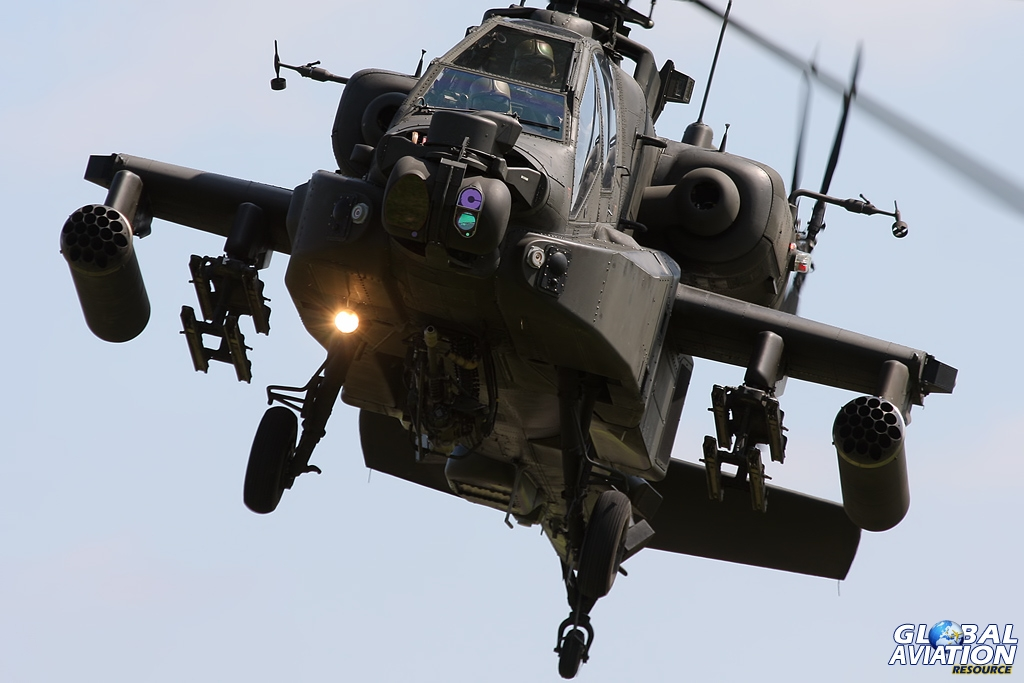 Airshow Exclusive – 2013 Attack Helicopter Display Team