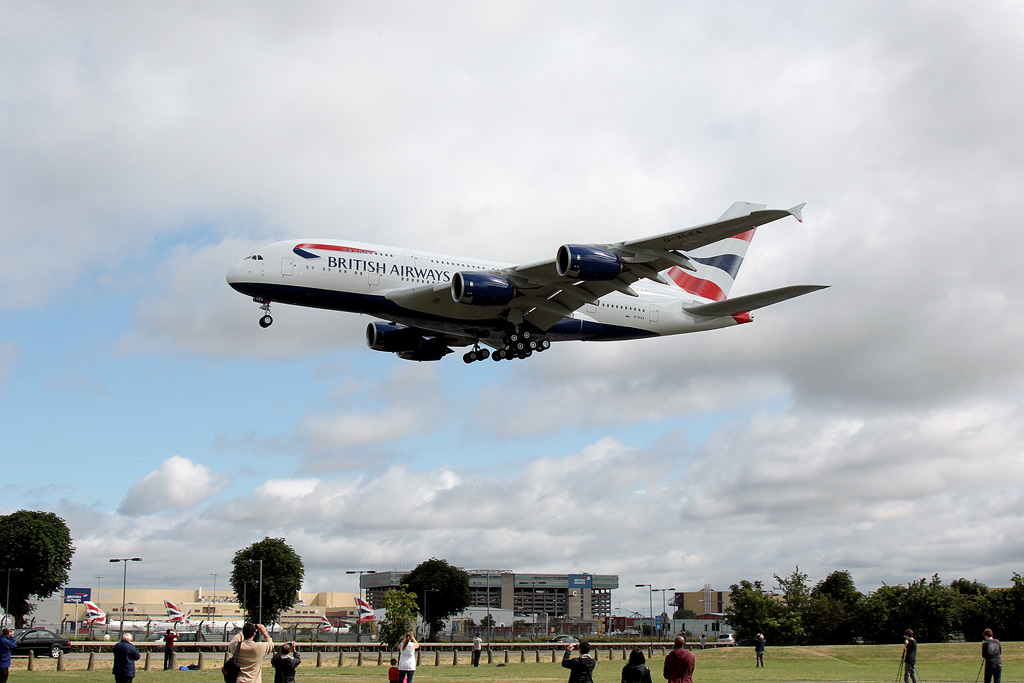 Aviation News – First Airbus A380, G-XLEA, delivered to British Airways (BA) – 04/07/2013