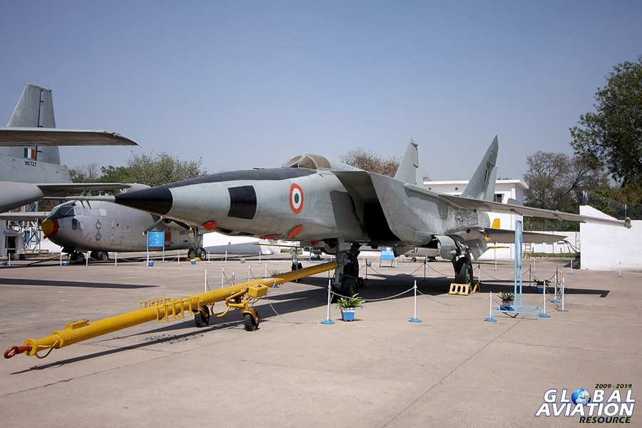 Indian Air Force Museum, Palam, New Delhi - http://www.globalaviationresource.com/reports/2009/iafmuseum090228.php © Paul Dunn - Global Aviation Resource