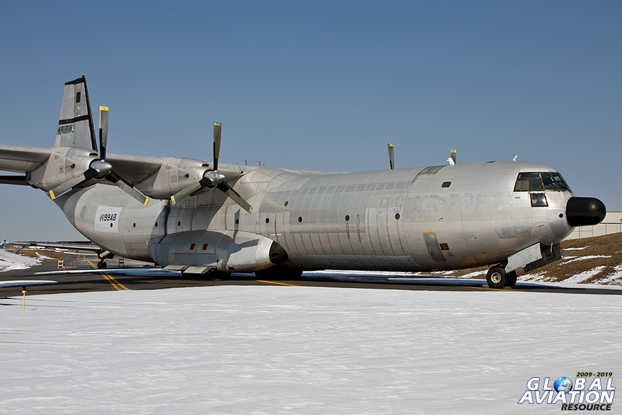 Last Flight of the C-133 Cargomaster - http://www.globalaviationresource.com/reports/2009/c1330808.php © Paul FIlmer - Global Aviation Resource