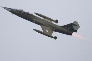 lockheed-cf-104d-starfighter---ln-stf--104637_27912780397_o