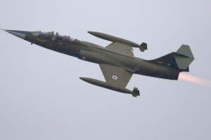 lockheed-cf-104d-starfighter---ln-stf--104637_40970463020_o