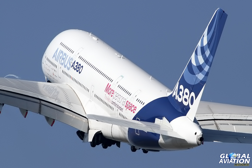 Airbus A380 © Dean West - globalaviationresource.com