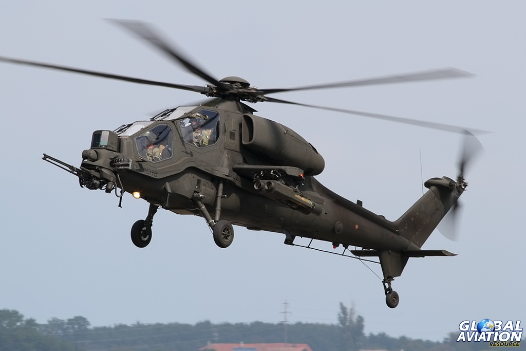 Italian Army A-129 CBT Mangusta © Dean West - globalaviationresource.com