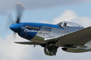 Civilian P-51D Mustang © Dean West - globalaviationresource.com
