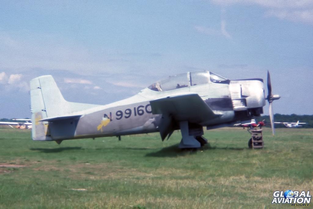 T-28D N99160 - © Paul Filmer- Global Aviation Resource