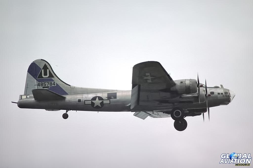 B-17G N17TE - © Paul Filmer - Global Aviation Resource