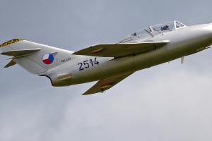 czech-flying-legends-mig-15uti---ok-uti--2514_39818048272_o