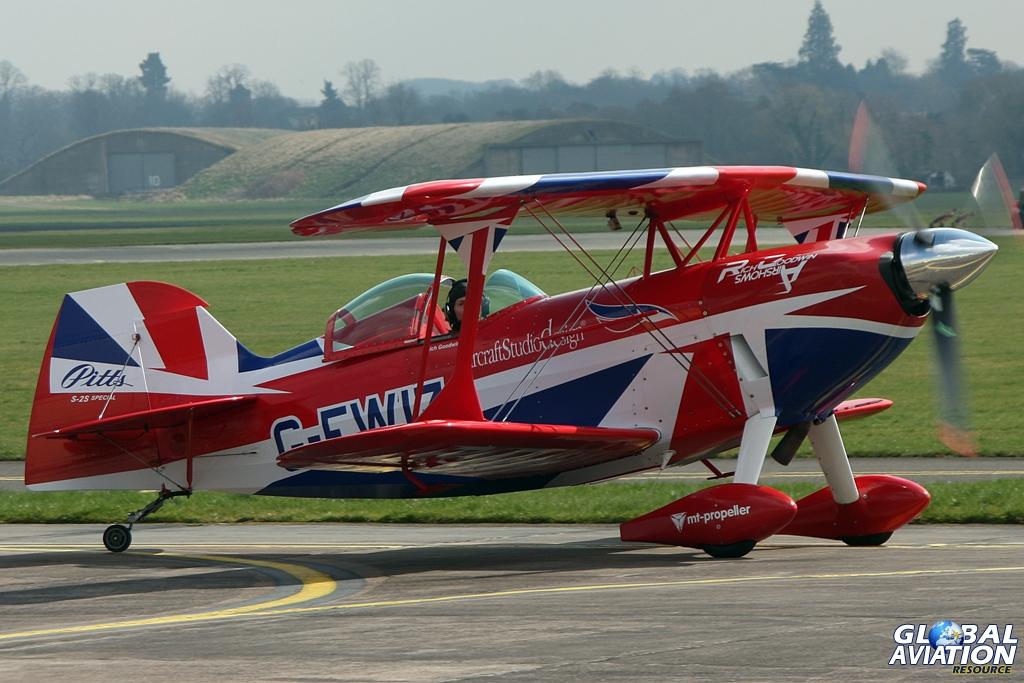 Rich Goodwin's Muscle Biplane © Gareth Stringer - Global Aviation Resource