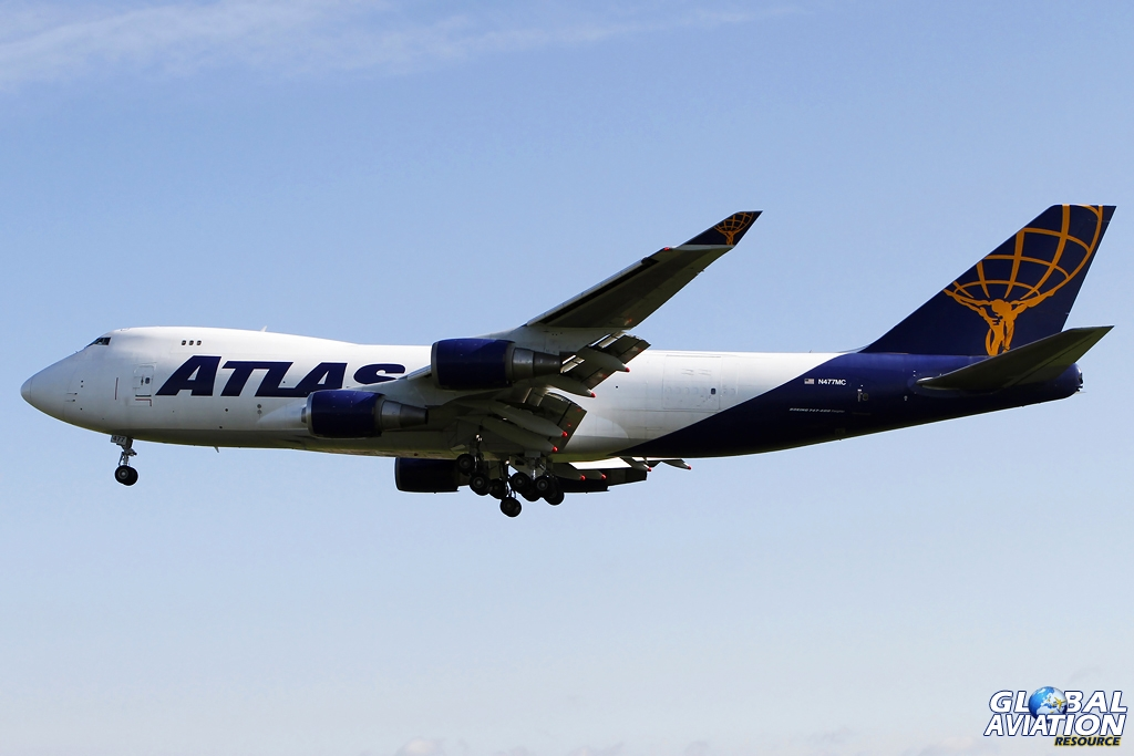 Atlas 747 from Whiteman AFB © Shaun Schofield