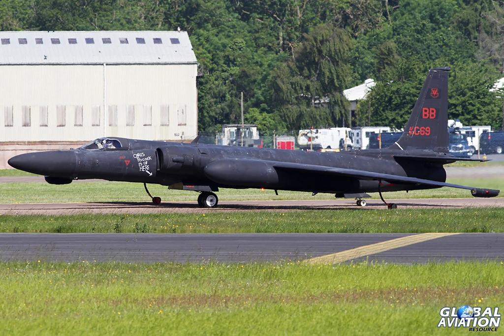 U-2 taxying for departure © Shaun Schofield