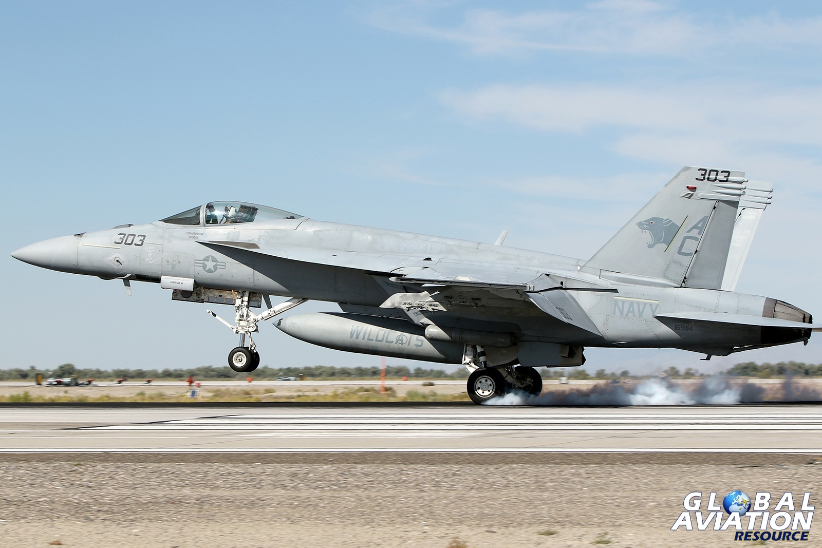 F/A-18E Super Hornet from VFA-131 touches down on the Fallon runway © Paul Dunn - Global Aviation Resource