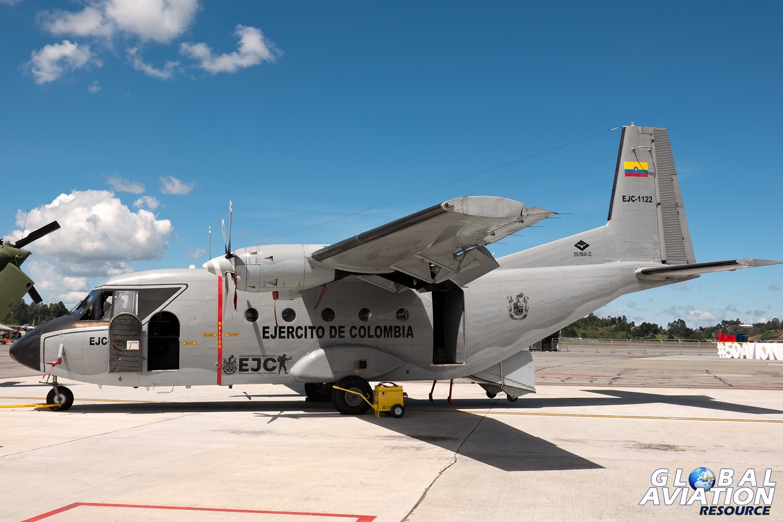 Colombian Army CASA C-212-100 - © Paul Filmer, Global Aviation Resource