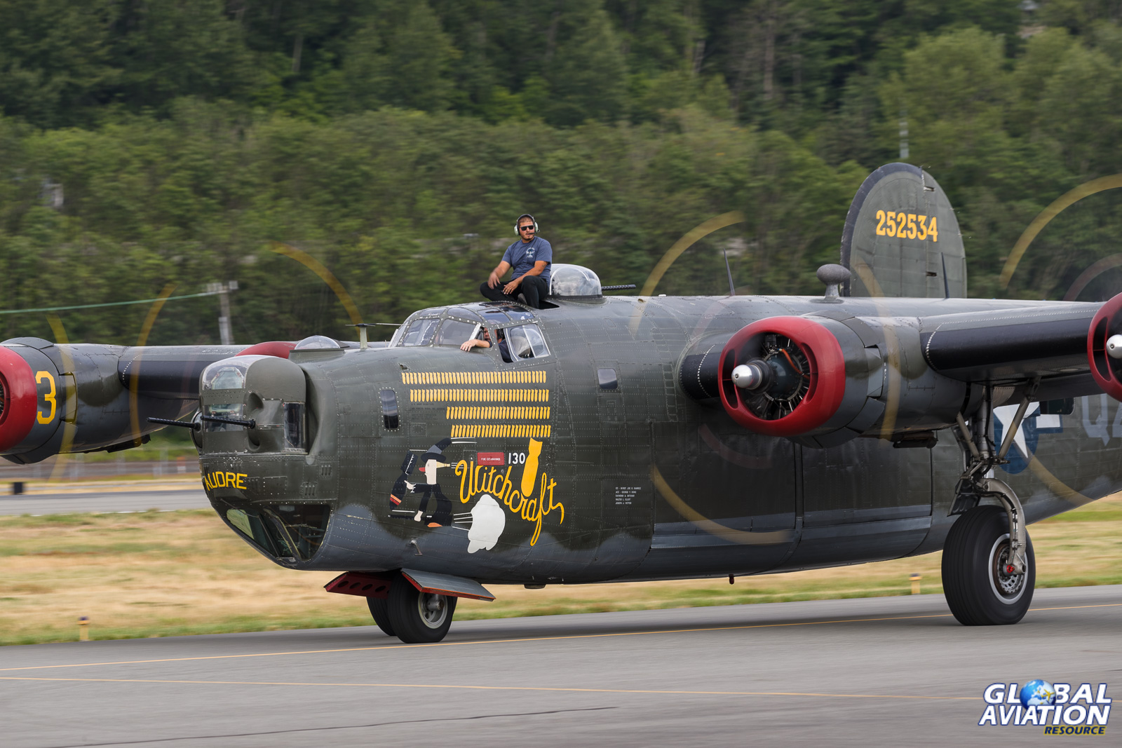 B-24 Liberator © Rob Edgcumbe - Global Aviation Resource