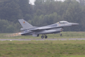 Belgian Air Force F-16AM Gets Airborne for the Joint Fire Power Demo © Tom Gibbons - Global Aviation Resource