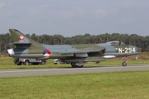 Stichting Dutch Hawker Hunter Foundation/Hunter F.6A © Tom Gibbons - Global Aviation Resource