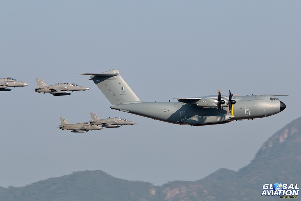 RMAF A400M and Hawks - © Paul Filmer - Global Aviation Resource