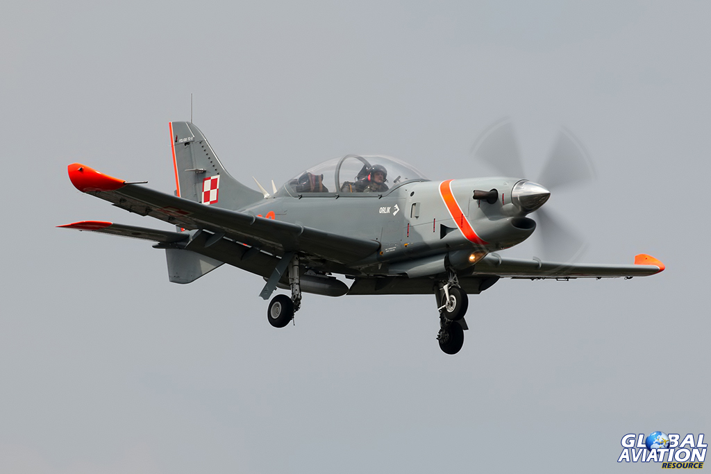 PZL-130TC-1 Orlik © Dean West – Global Aviation Resource
