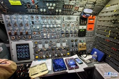 2872-Flight-engineers-panel