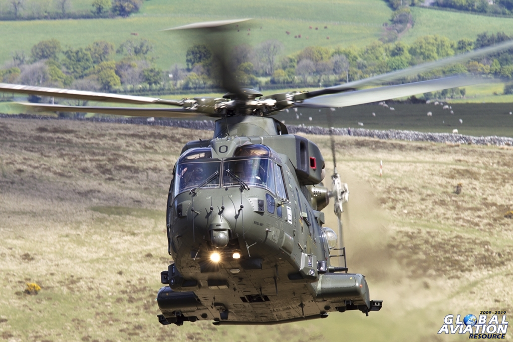 Royal Navy Merlin Mk3 © Tom Gibbons - Global Aviation Resource