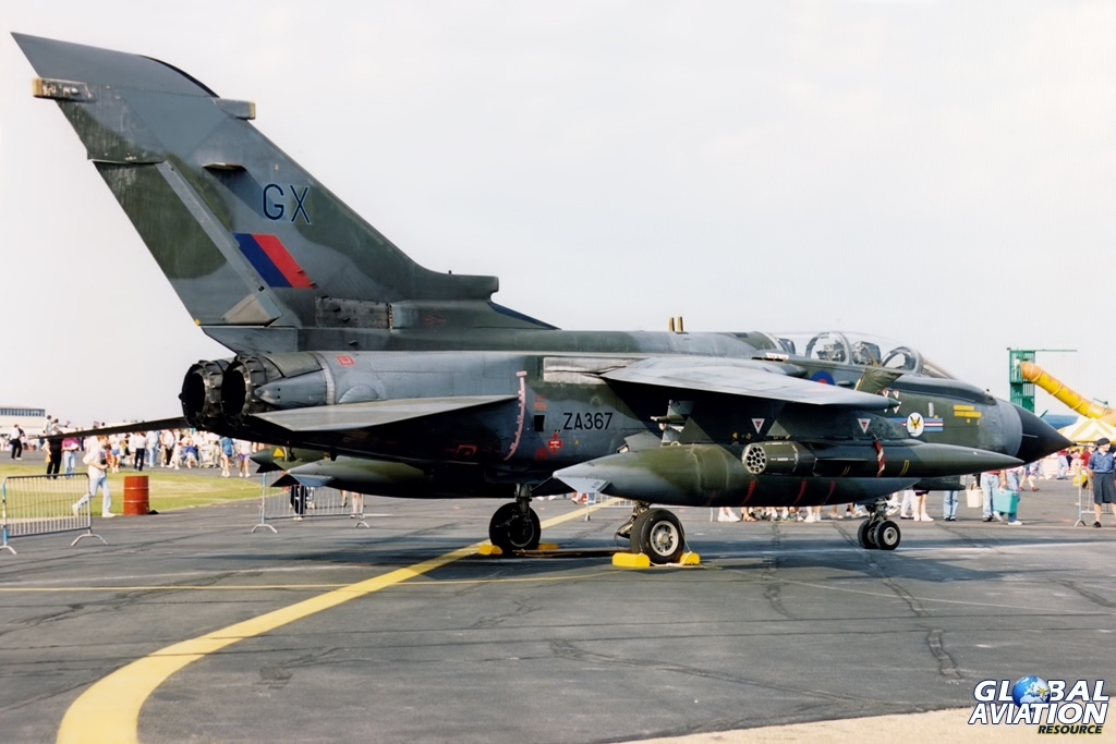 ZA367 | 20 Squadron Tornado GR.1 | RAF Mildenhall 1992 © John Higgins - Global Aviation Resource