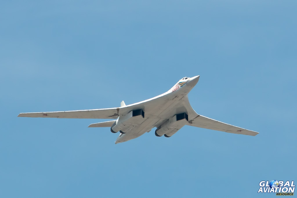 Tu-160 - © Paul Filmer - Global Aviation Resource