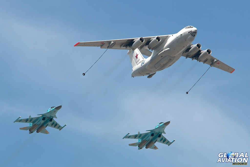Il-78 and Su-34 - © Paul Filmer - Global Aviation Resource