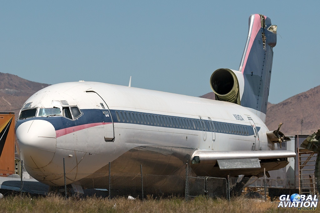 Delta Air Lines Boeing 727-200 N518DA just outside the airport - © Paul Filmer - Global Aviation Resource