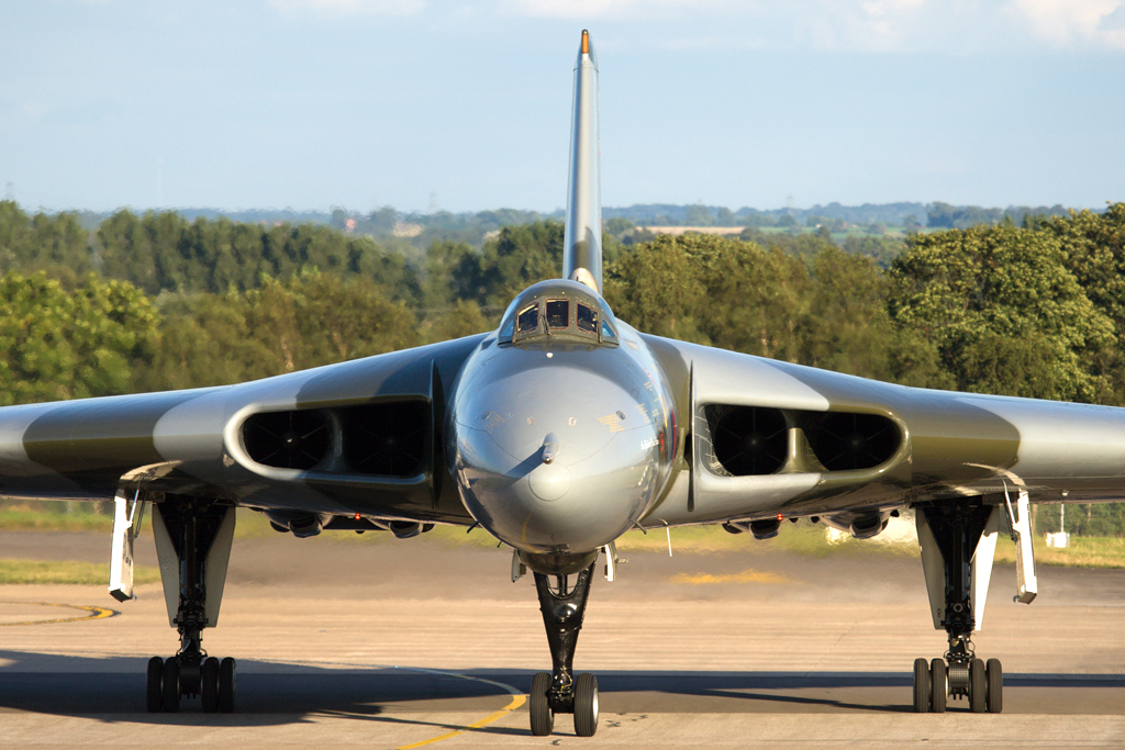 Avro Vulcan XH558 © Global Aviation Resource