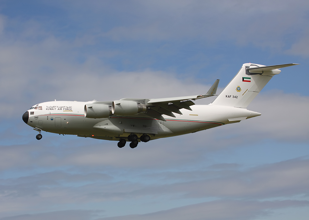 Aviation News – Kuwait Air Force visit RAF Brize Norton en masse
