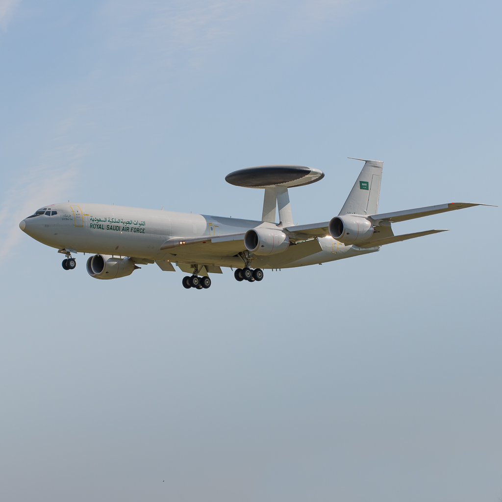 Aviation News – RSAF E-3A Sentry Arrives at Mildenhall