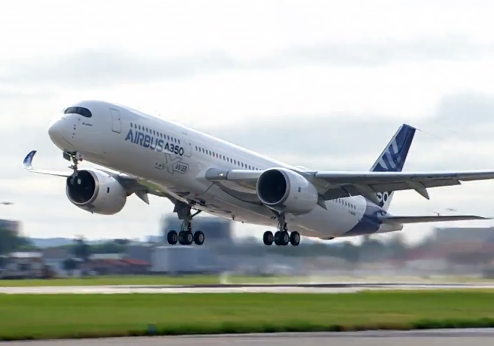 Aviation News – Airbus A350XWB Maiden Flight – 14/06/2013