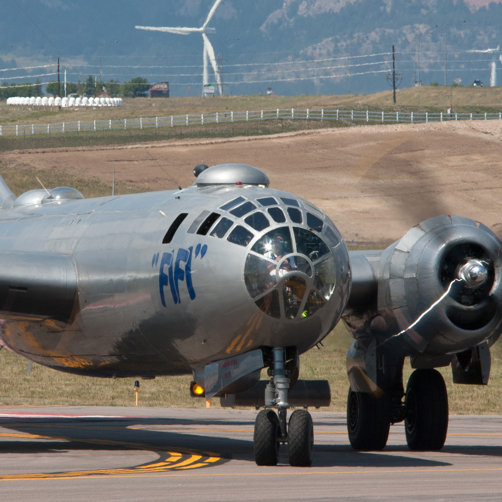 Airshow Review – Rocky Mountain Airshow 2013 at Rocky Mountain Metro Airport, Colorado