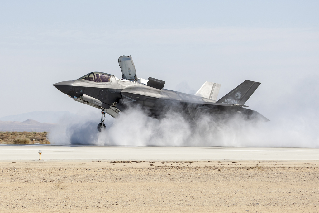 Aviation News –  F-35B Successfully Completes Wet Runway and Crosswind Testing