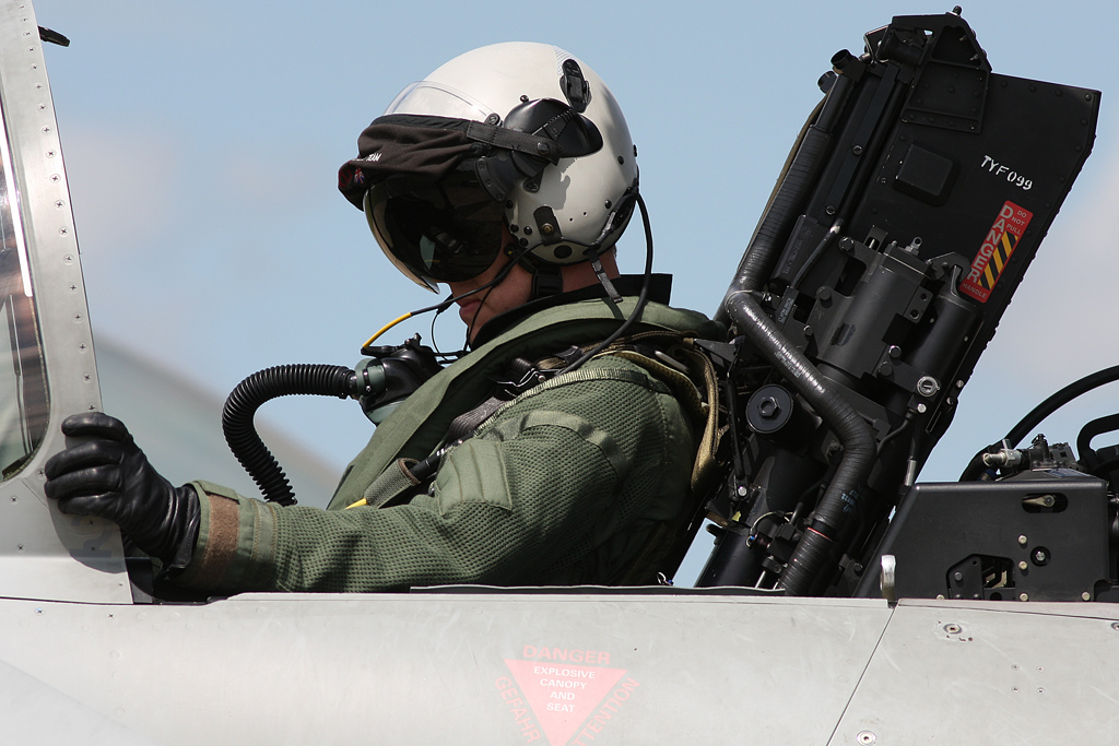 Airshow Feature – RAF Typhoon Display 2014, the pilot's perspective