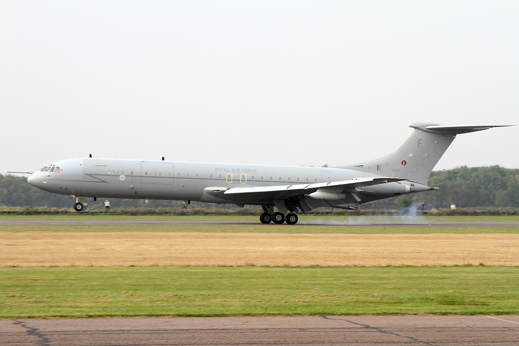 Aviation News – End of an era as last flying Vickers VC10 lands at Bruntingthorpe